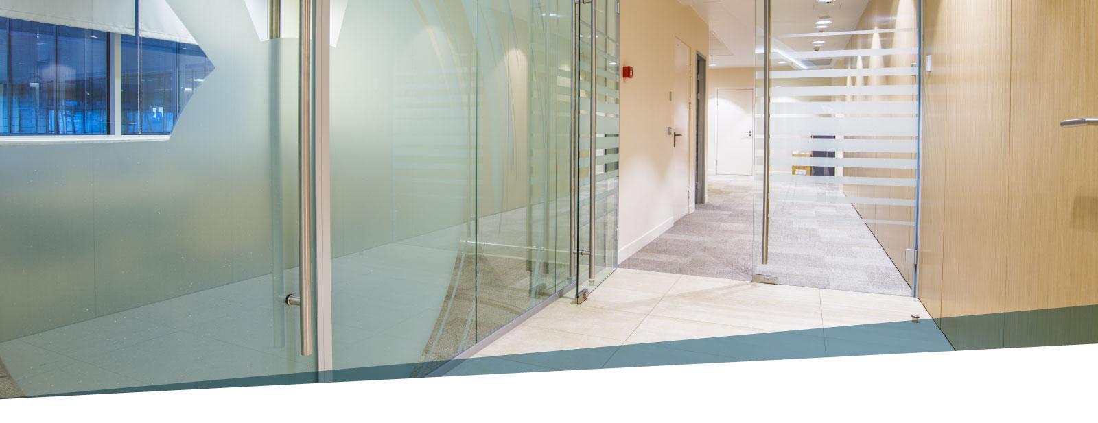 Porta Scorrevole Su Muro Portante porte scorrevoli in vetro